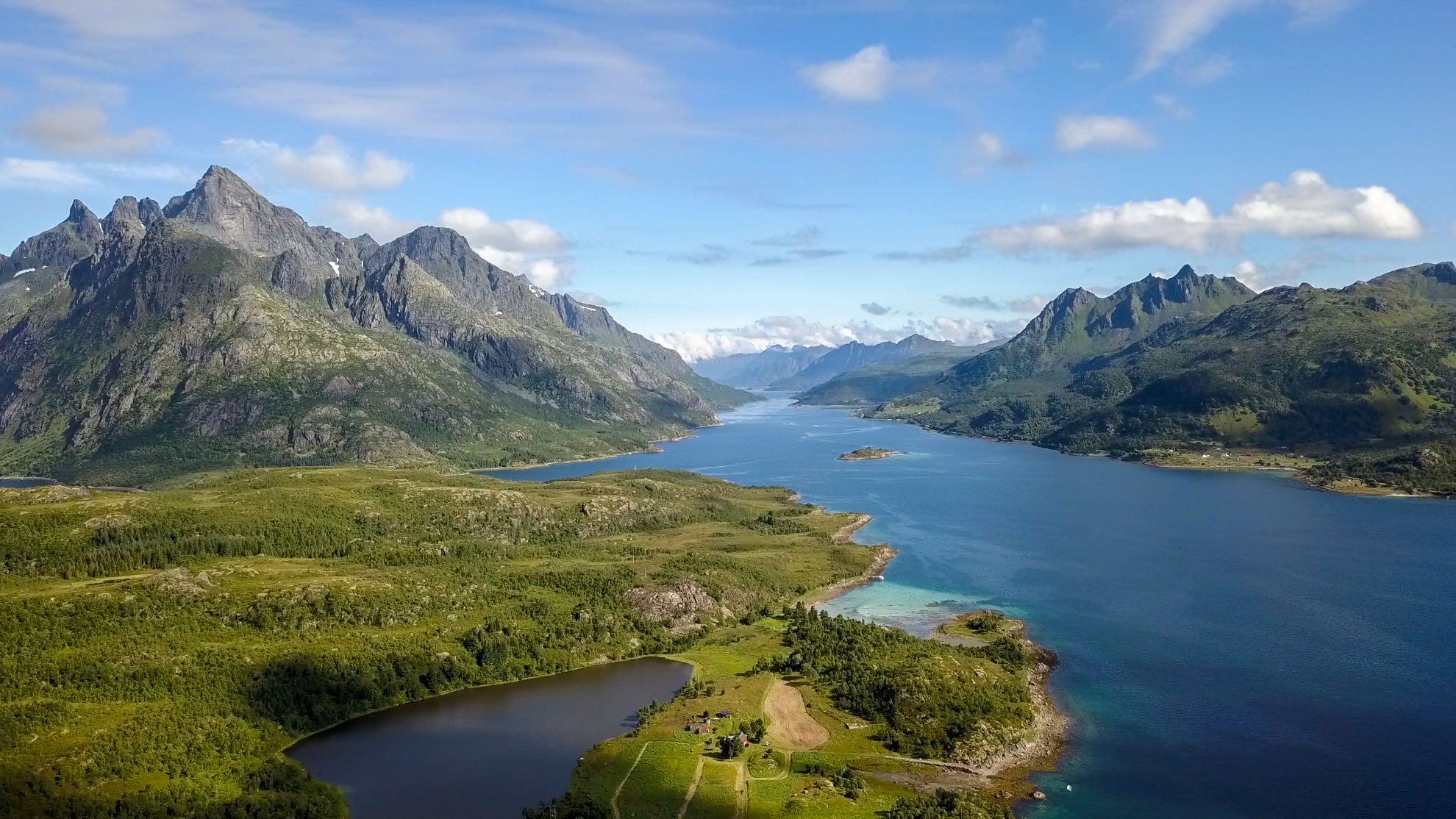 Die unberührte Natur der Lofoten ist einzigartig, der Trollfjord weltberühmt.