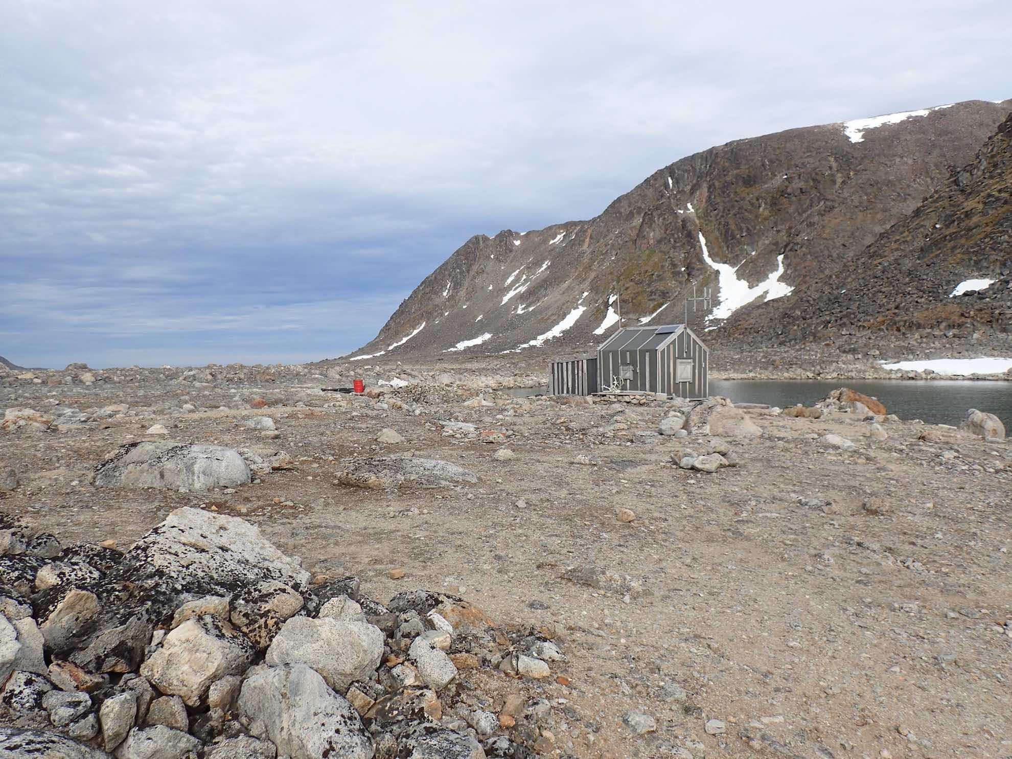 Beim späten Landgang am Strand von Sallyhamna finden wir wieder einmal Reste der einstigen Walfang-Infrastruktur.