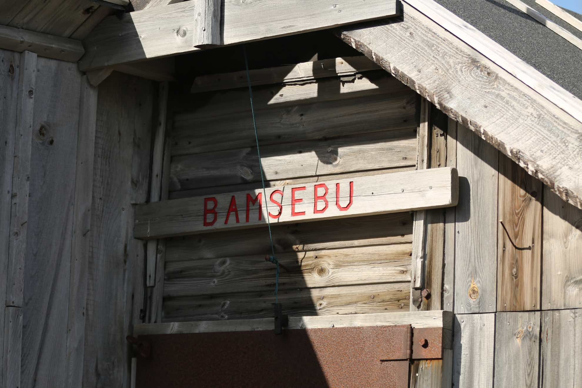 "... namens ""Bamsebu""."