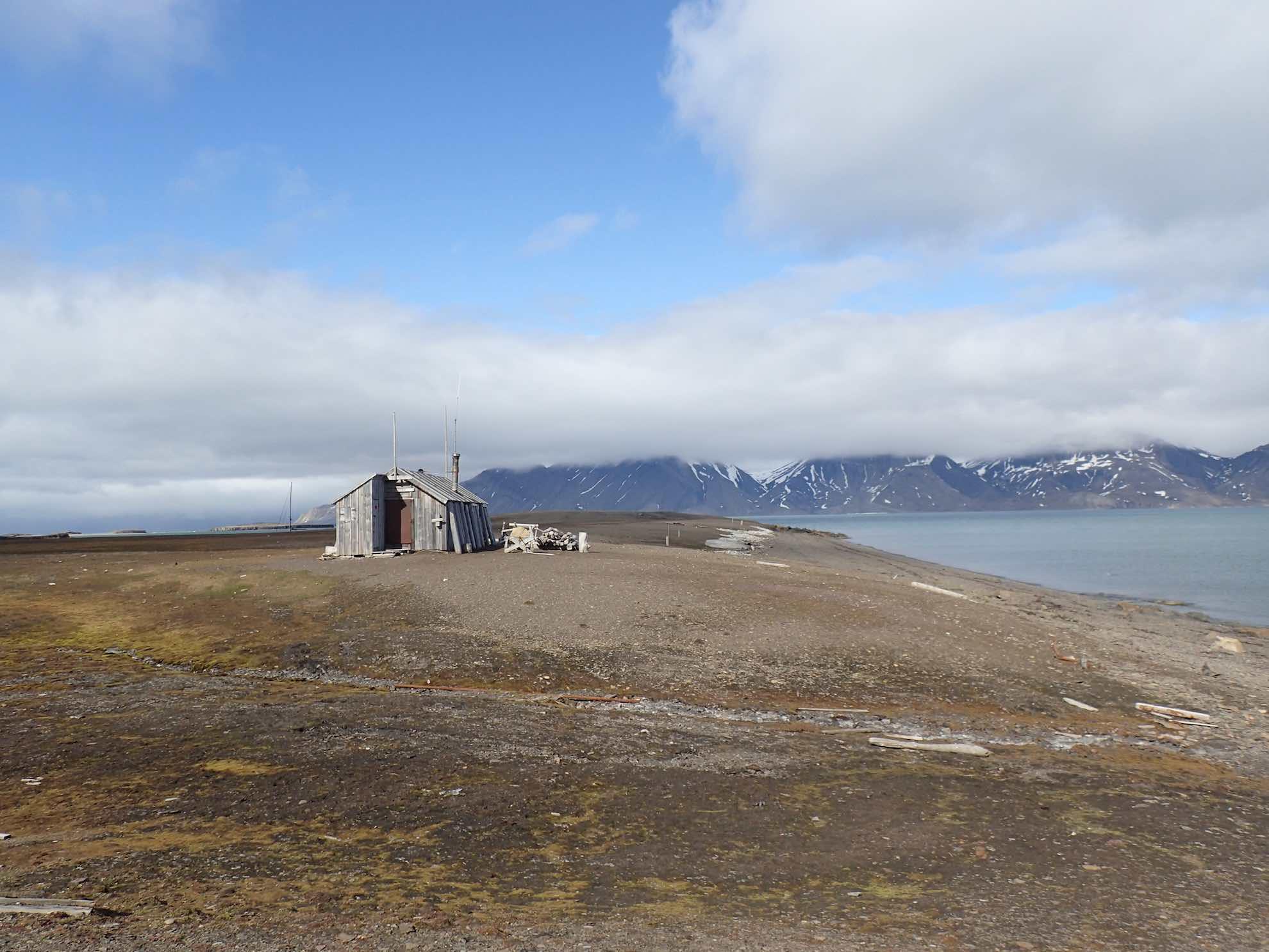 Sie wurde einst als Basisstation für die Jagd auf Weißwale, Belugas und Pelztiere errichtet.