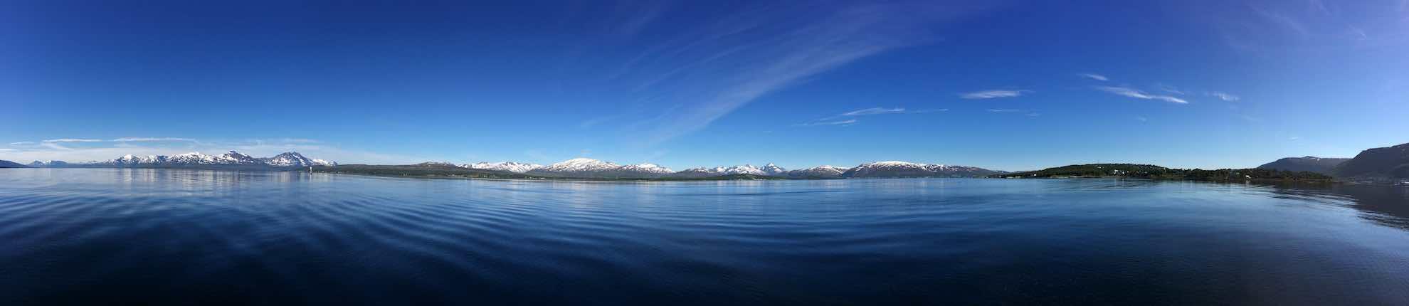 Nicht irgendein Panorama – wir lassen Norwegen achteraus.