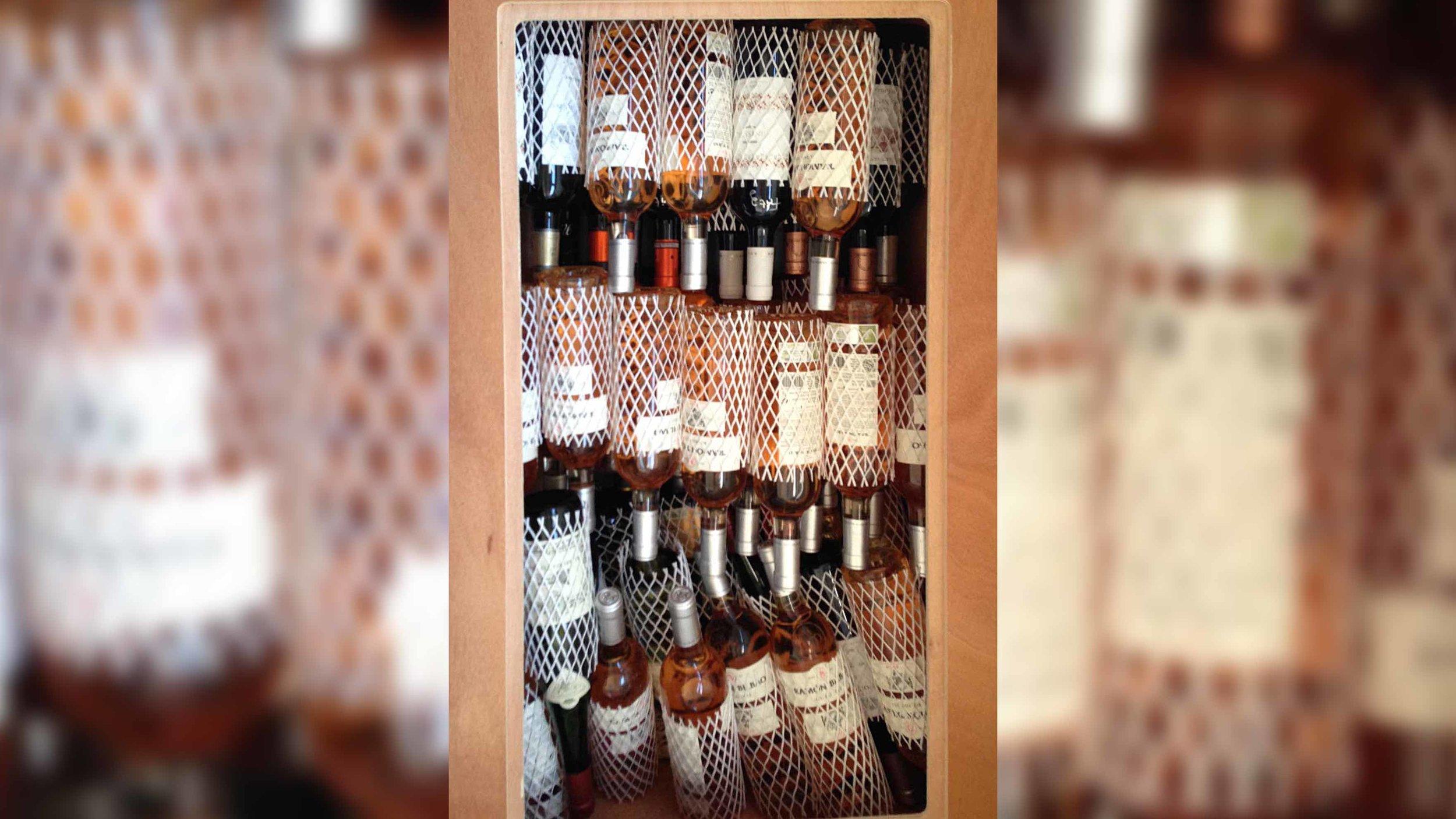 Der Weinvorrat ist aufgefüllt.