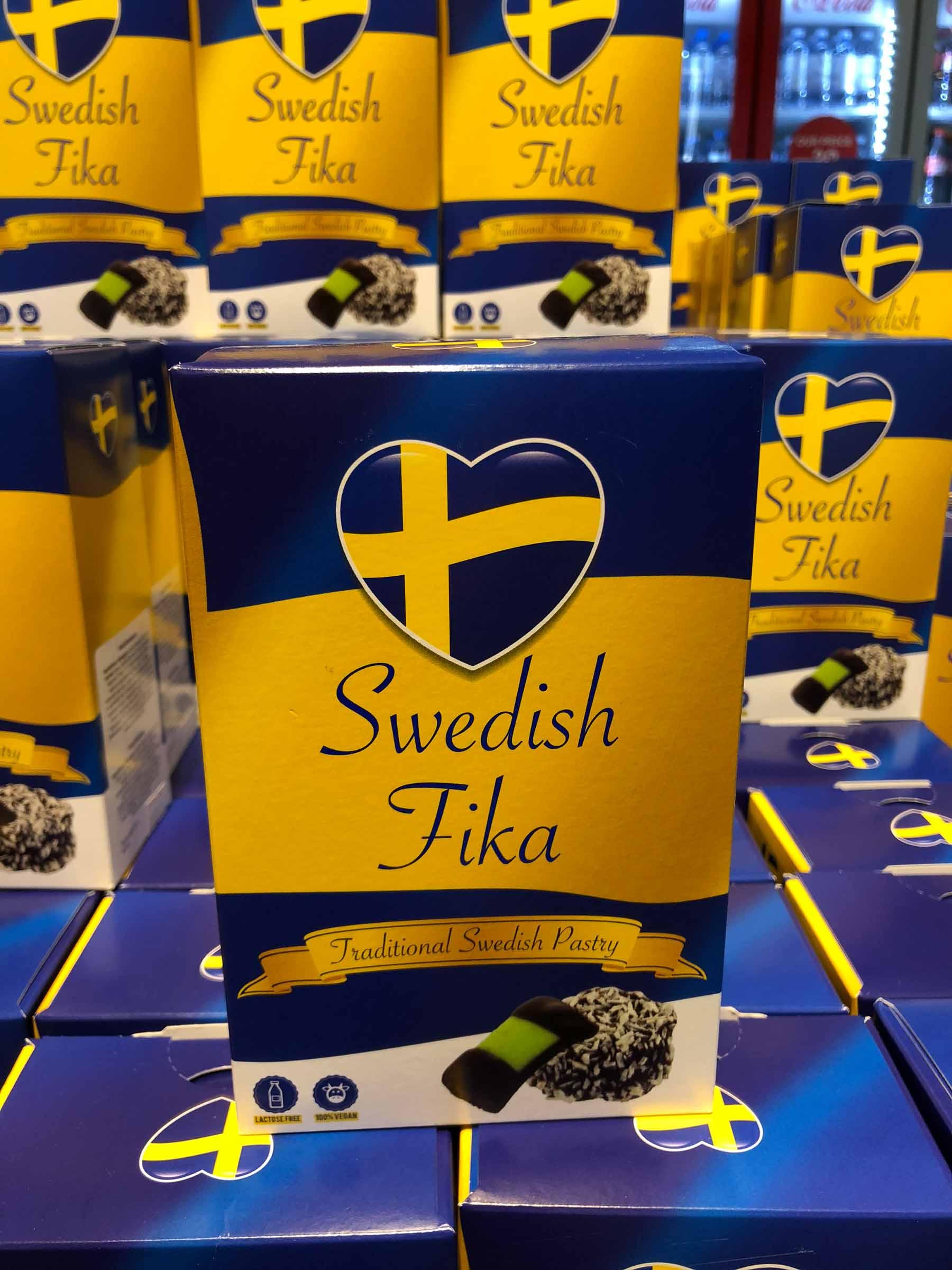 ... nicht ohne schwedische Köstlichkeiten einzupacken!