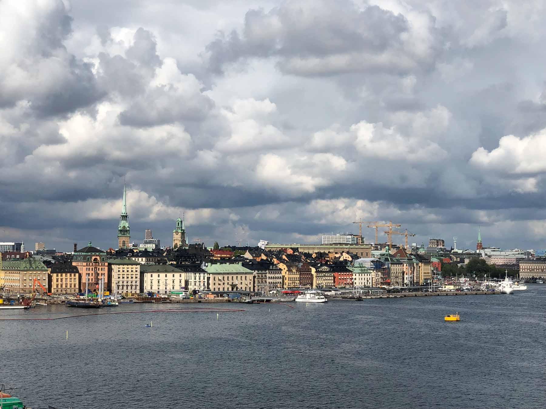 Stockholm bleibt heut auf dem Landweg achteraus