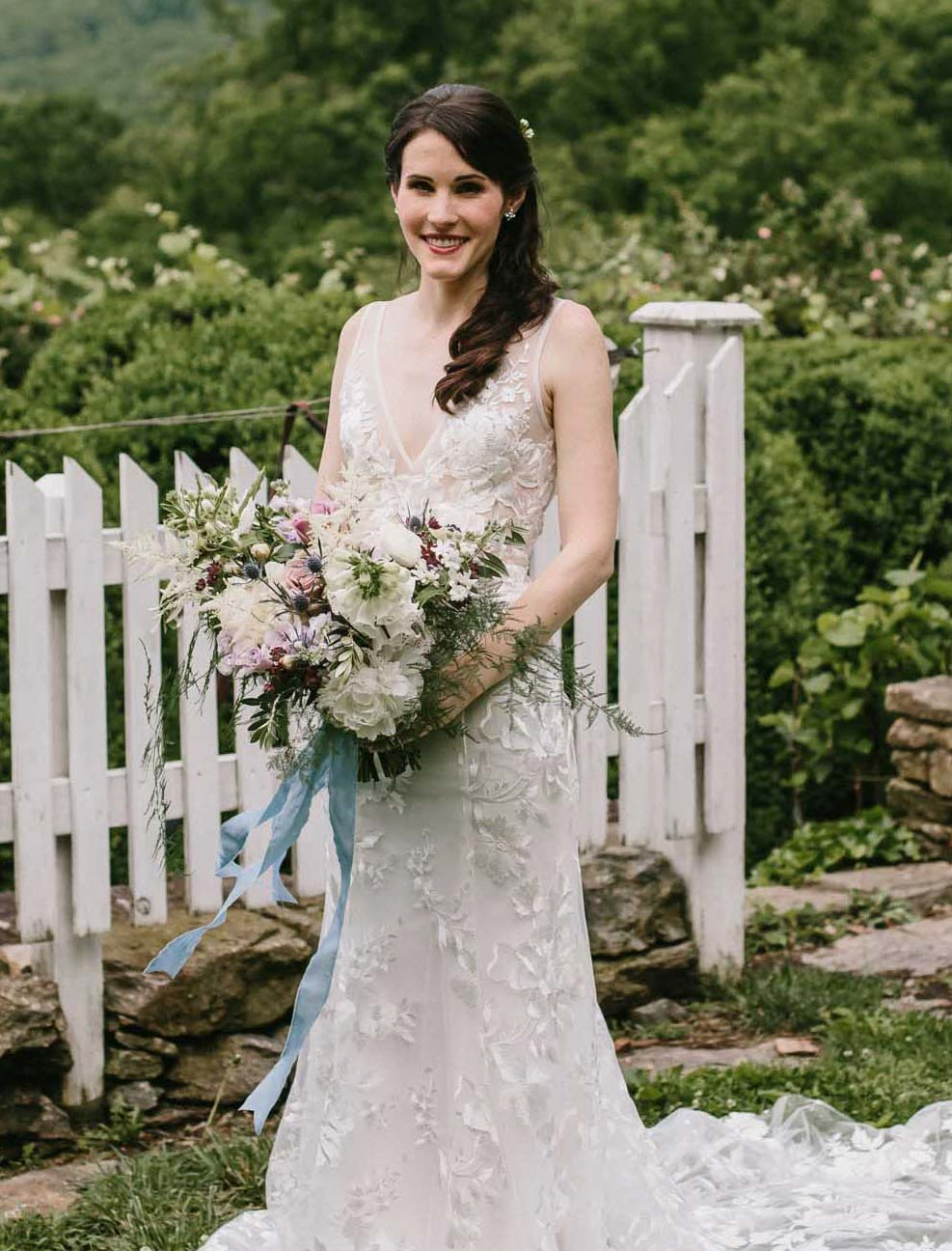 Urban Farm Girl Flowers will bring your vision to reality for the floral decor of your next event, from weddings to parties, to special occasions. Photo Credit: Amy Ellis Photo