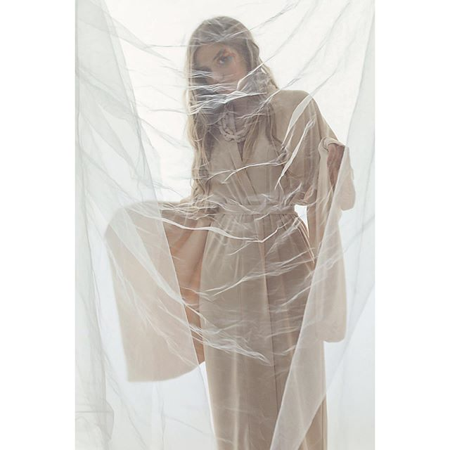 Our favorite shot from the shoot for @miromagazinefw by @mijeanrochus. The stunning @mandy_vdb  wearing @idreamofshapes cream kimono. Georgious bioplastic chain by @rah_rah_studio, make up by @makeup__by__f and thanks to @ffcsbrux which one is your favourite? @#independentdesigner #berlindesigner #berlinfashion #handmade #scottishdesigners #alternativefashion #cream #kimono #fashionshoot #sustainabledesign #sustainablefashion #fashion #brusselsfashion #ffcbrussels #idreamofshapes #conceptstore #independentlabels #love