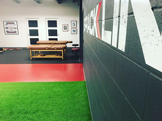 Spracklin Performance clinic is a huge part of our athletic program. Book an appointment with one of our specialists.  514-342-1817