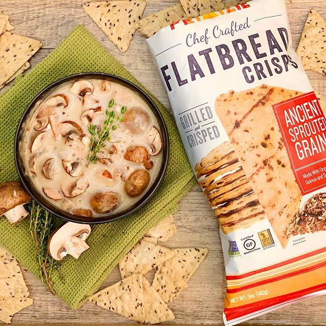 Celebrate #NationalMushroomDay with a Mushroom Bisque and pair it with our Ancient Sprouted Grain Flatbread Crisps! They're the perfect crispy counter part to a delicious lunch.