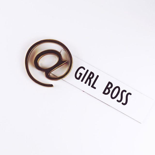 Nothing against the boys... but I'd love to follow some new girl bosses. Tag your fave boss bitches below!! 👇  #iamtheeverygirl #theimperfectboss #theeverydaygirl #ladybosslife #womeninbusinessrock #womeninbiz #millennialwomen #goaldiggers #calledtobeacreative #iamtheeverygirl #makeideashappen #creativelifestyle #creativepreneur #mycreativebiz #mycreativebiz #creativeatheart #workfromhomelife #savvybusinesowner #dreamersanddoers #beyourownboss #smallbusinessowner #newbusiness #solopreneur #sidehustle #businesstips #laptoplifestyle #tampabusiness #tampabusinessowner #smallbusinesslife #dontquityourdaydream