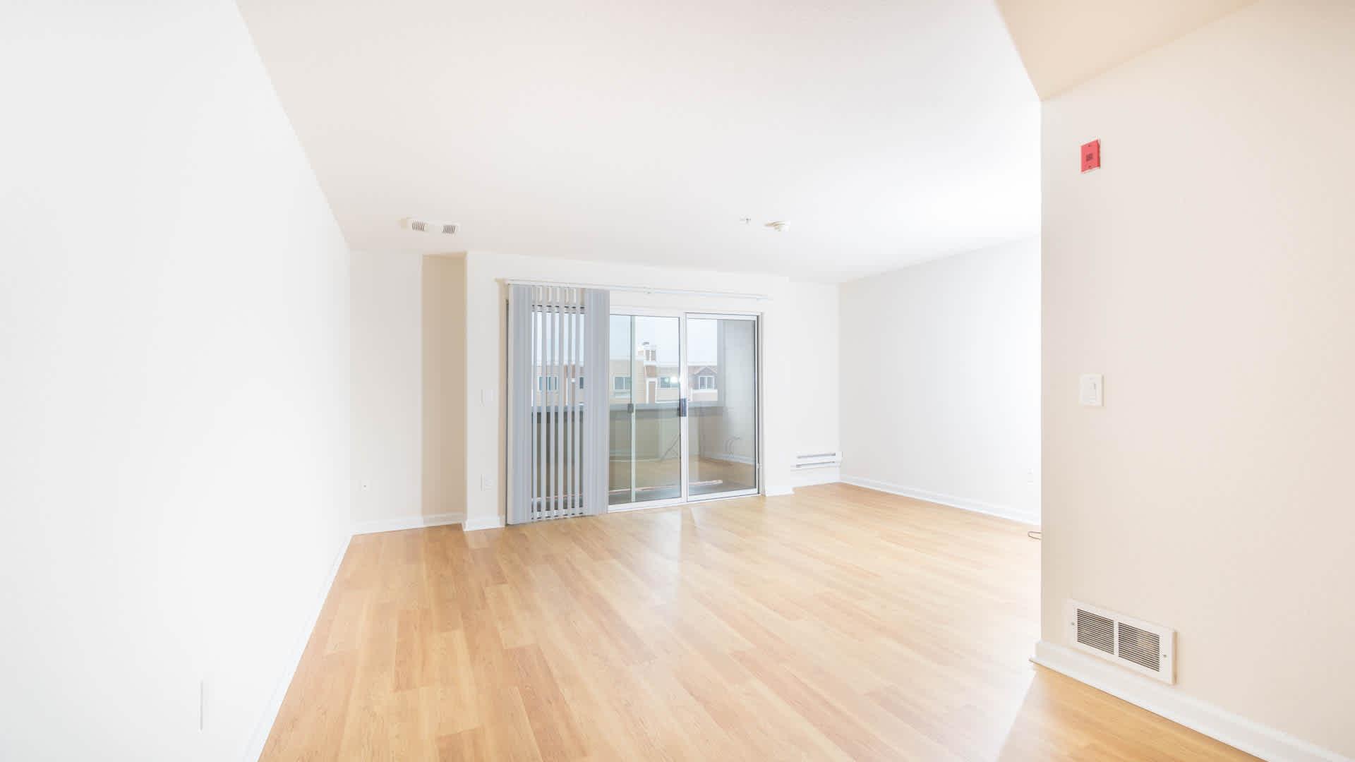 artistry-emeryville-apartm7ents-living-area.jpg