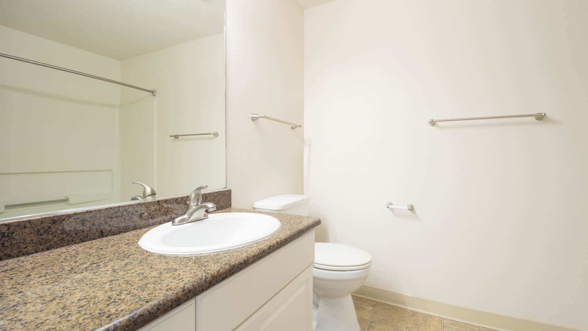 artistry-emeryville-apartments-bathroom.jpg