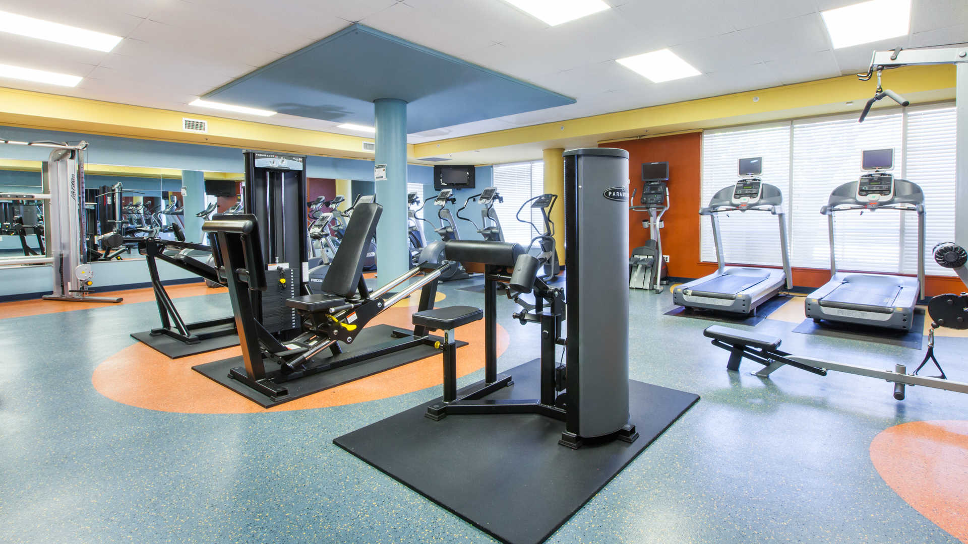 artistry-emeryville-apartments-fitness-center.jpg