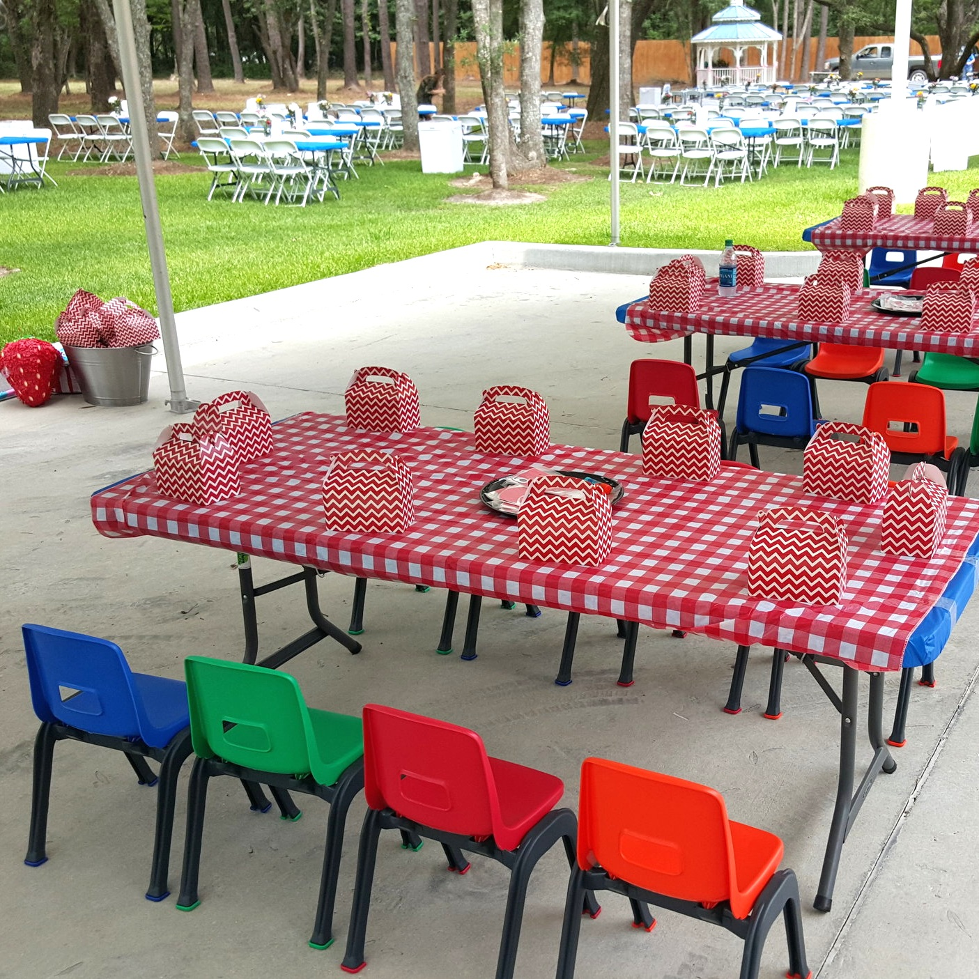 Southern Hospitality | Tables