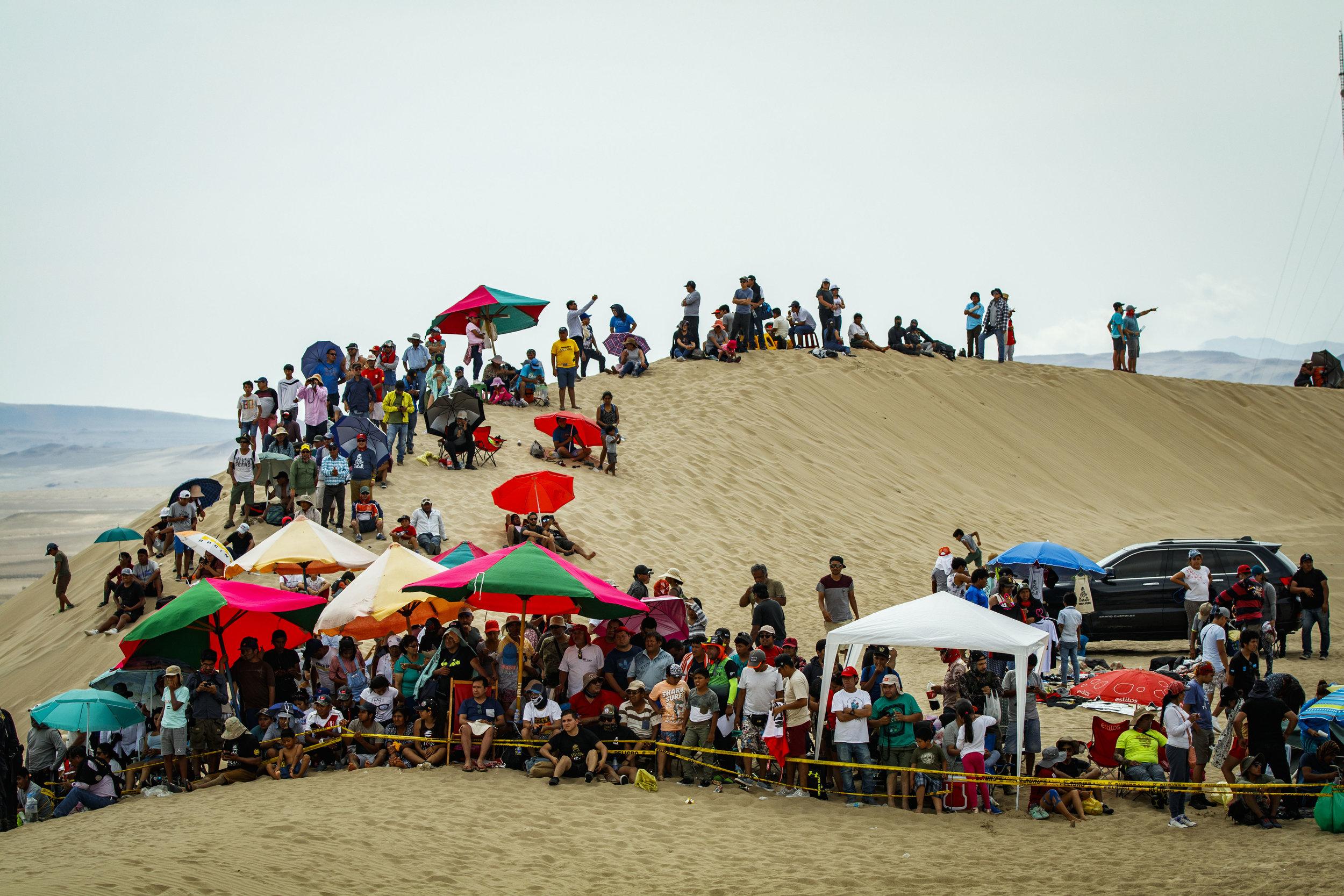 CaseyCurrie_Dakar_PiscoPeru_Stage1_CanAm_16X9_004.jpg