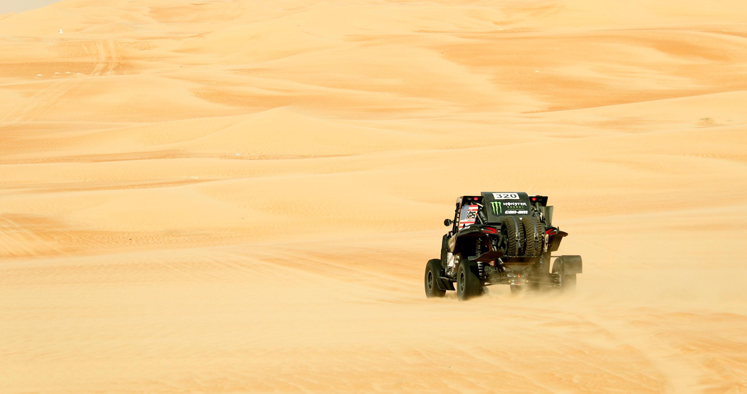 CaseyCurrie_AbuDhabiDesertChallenge_Rally_ Stage2_CanAm_004.jpg