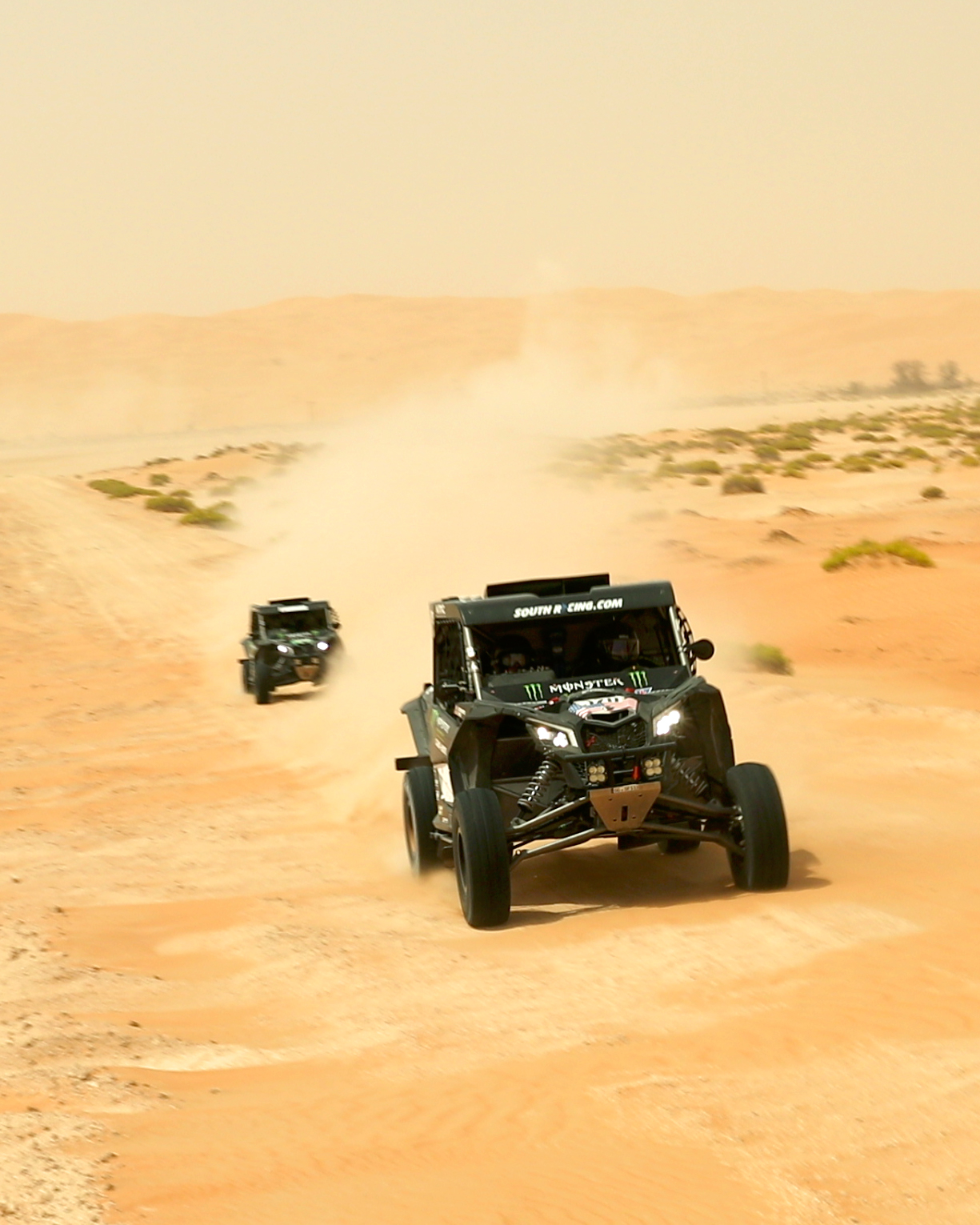 CaseyCurrie_AbuDhabiDesertChallenge_Rally_ Stage2_CanAm_006.jpg
