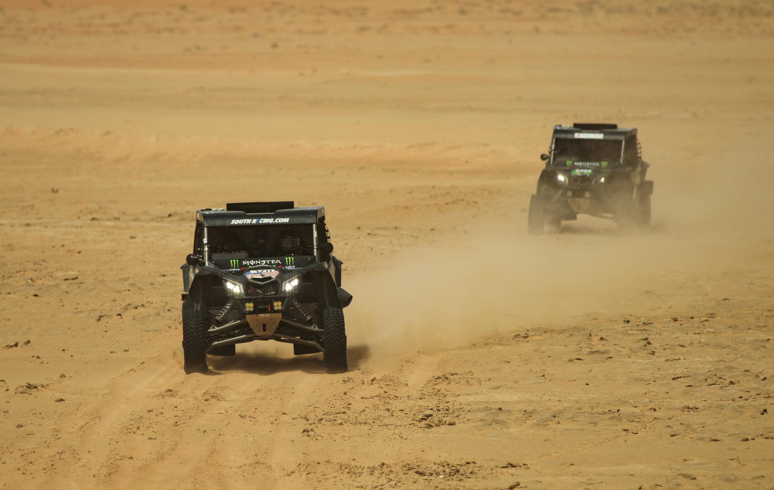 CaseyCurrie_AbuDhabiDesertChallenge_Rally_ Stage2_CanAm_002.jpg