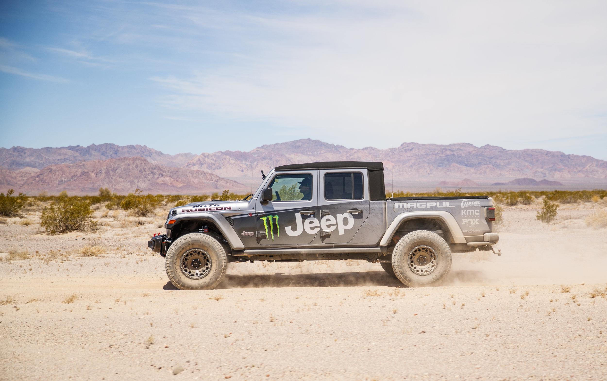 6_24_CaseyCurrie_Baja500PreRunning_BajaMexico_Jeep_002.jpg