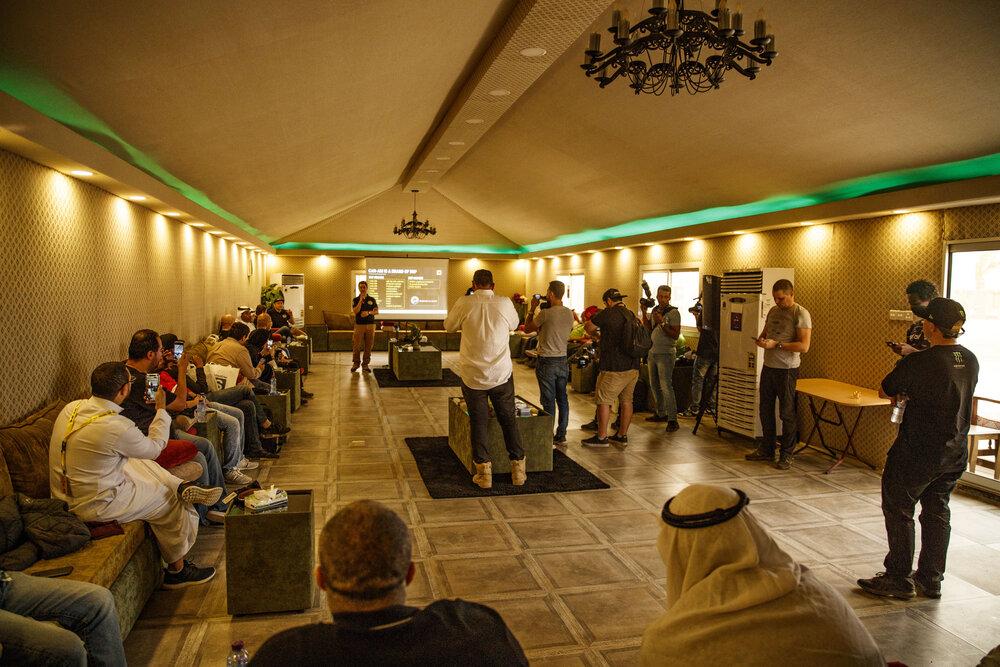1_2_CaseyCurrie_Dakar2020_Shakedown_Jeddah_SaudiArabia_FullSize_010.jpg