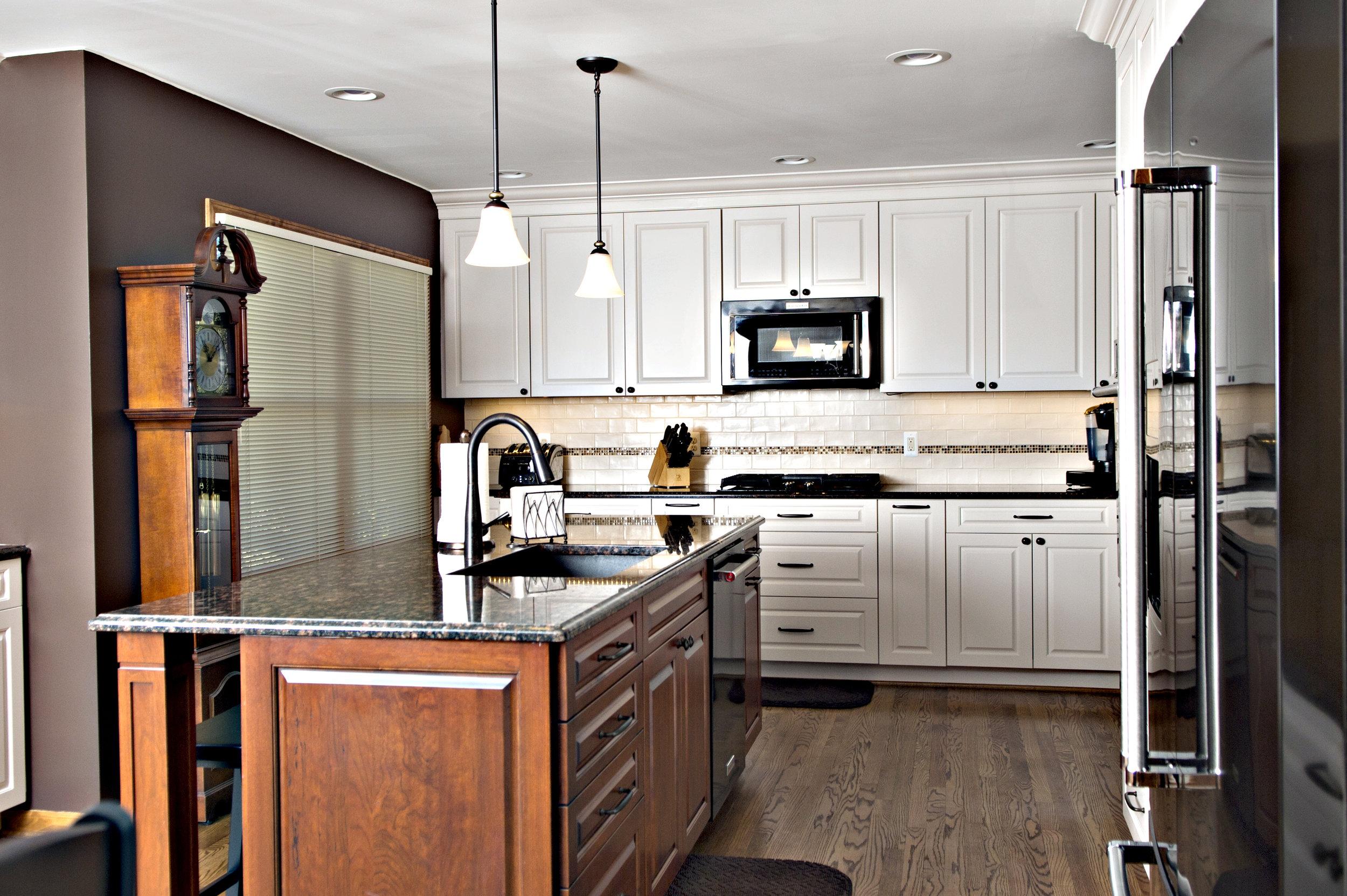 Troy2-Kitchen1.jpg