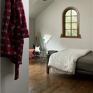 1263_02_Web_bedroom-arch-window.jpg