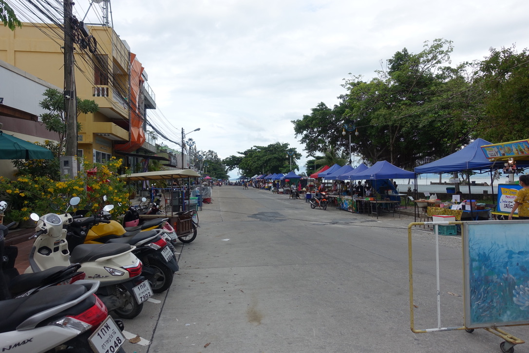 Saturday Walking Market