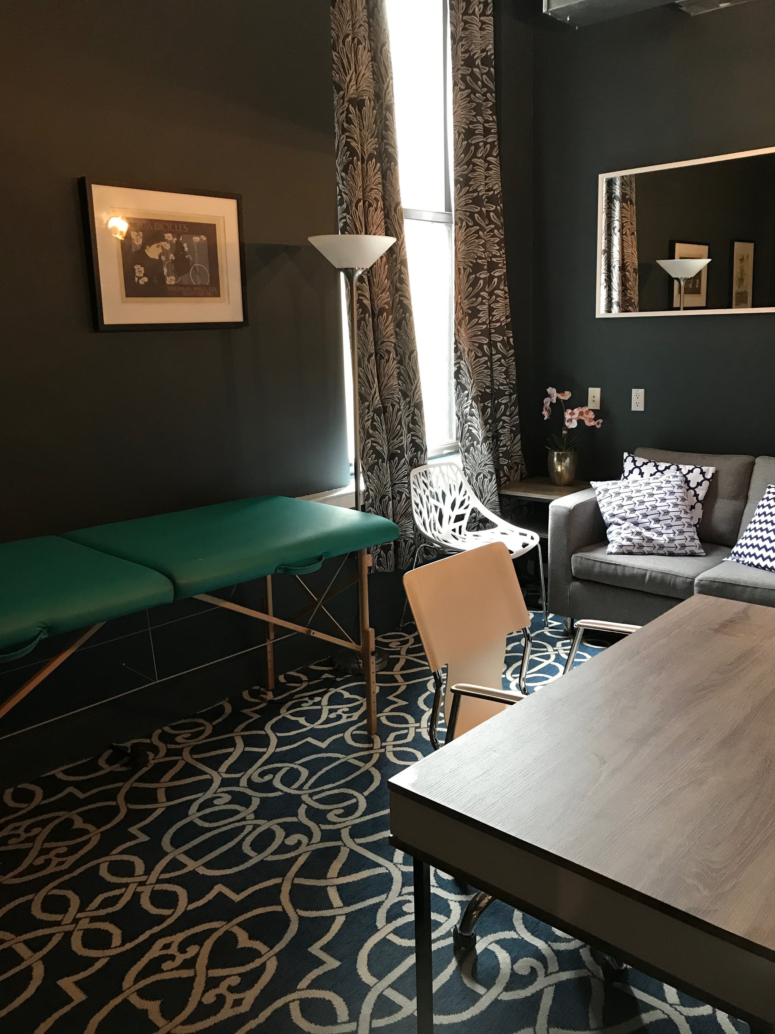 Room 7 - Available Saturday & SundayMassage table can be removed. approximate dimensions are 8' x 14' with window. Ideal for therapist, hypnosis, energy work, PT, chiropractor.