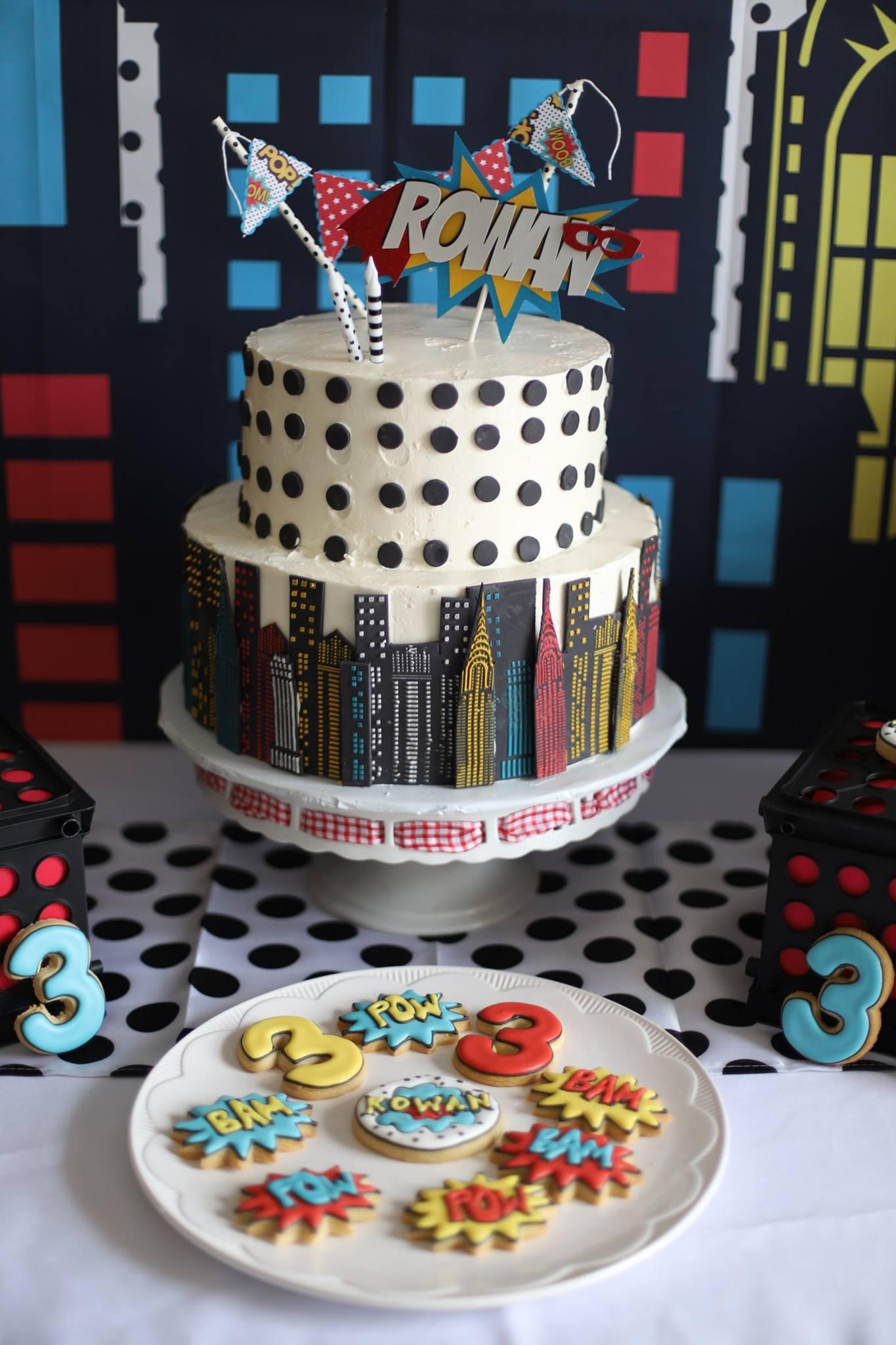 020_superhero_party_cake_and_cookies.jpg