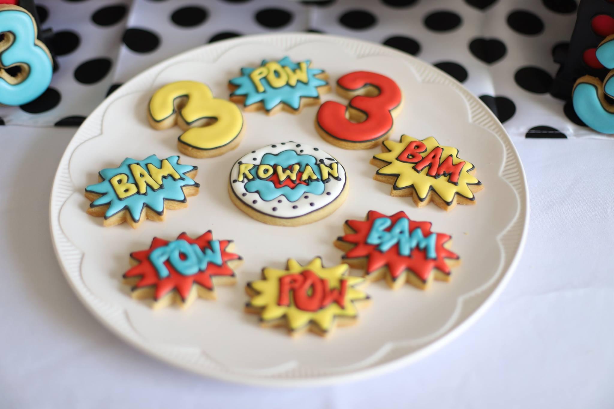 017_superhero_party_cookies.jpg