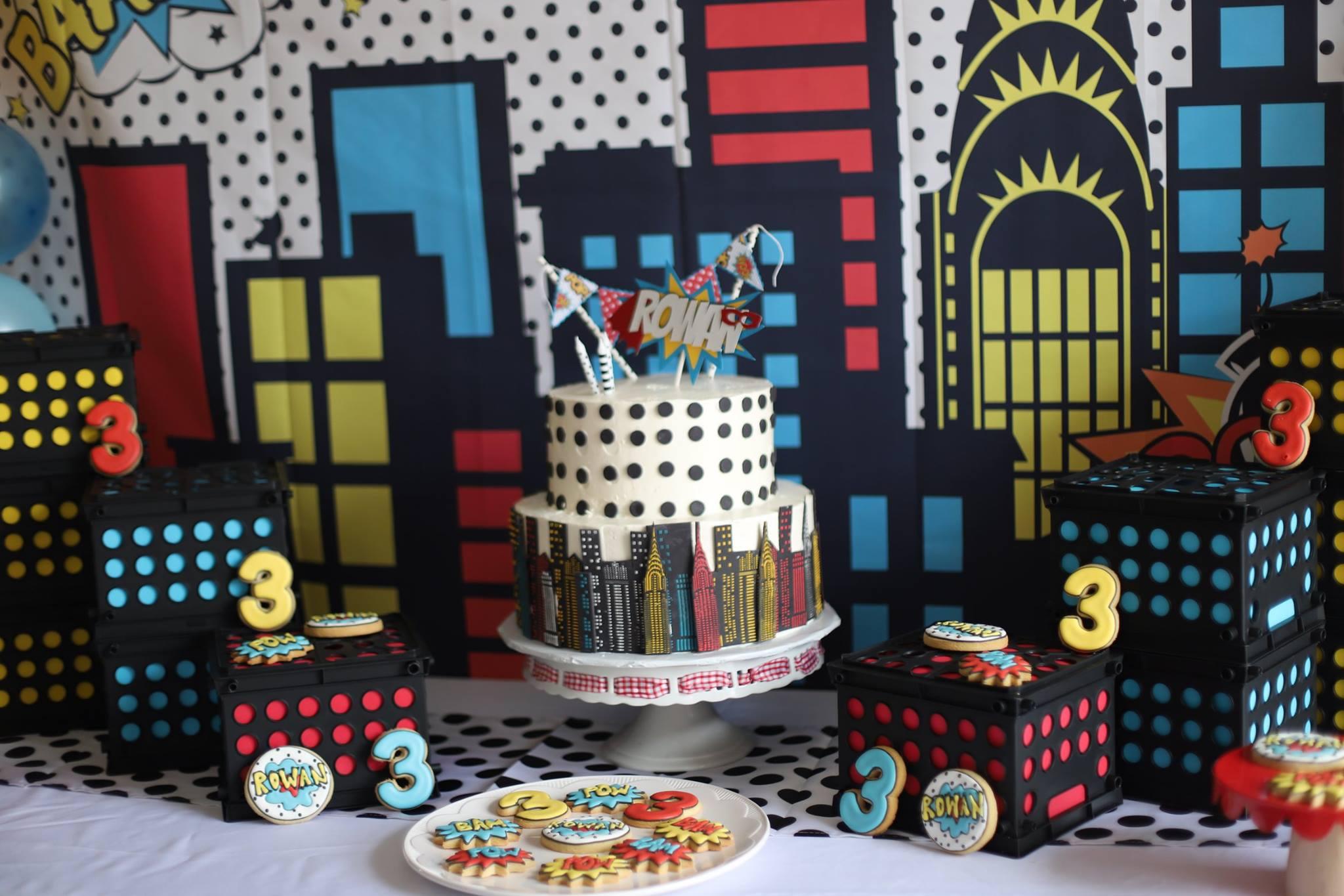 030_superhero_party_cake_and_cookies.jpg