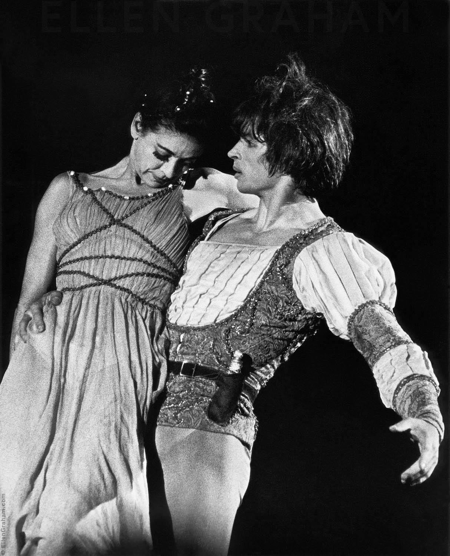 Rudolf Nureyev, Margot Fontayne, Giselle, Shrine Auditorium, Los Angeles, CA, 1969