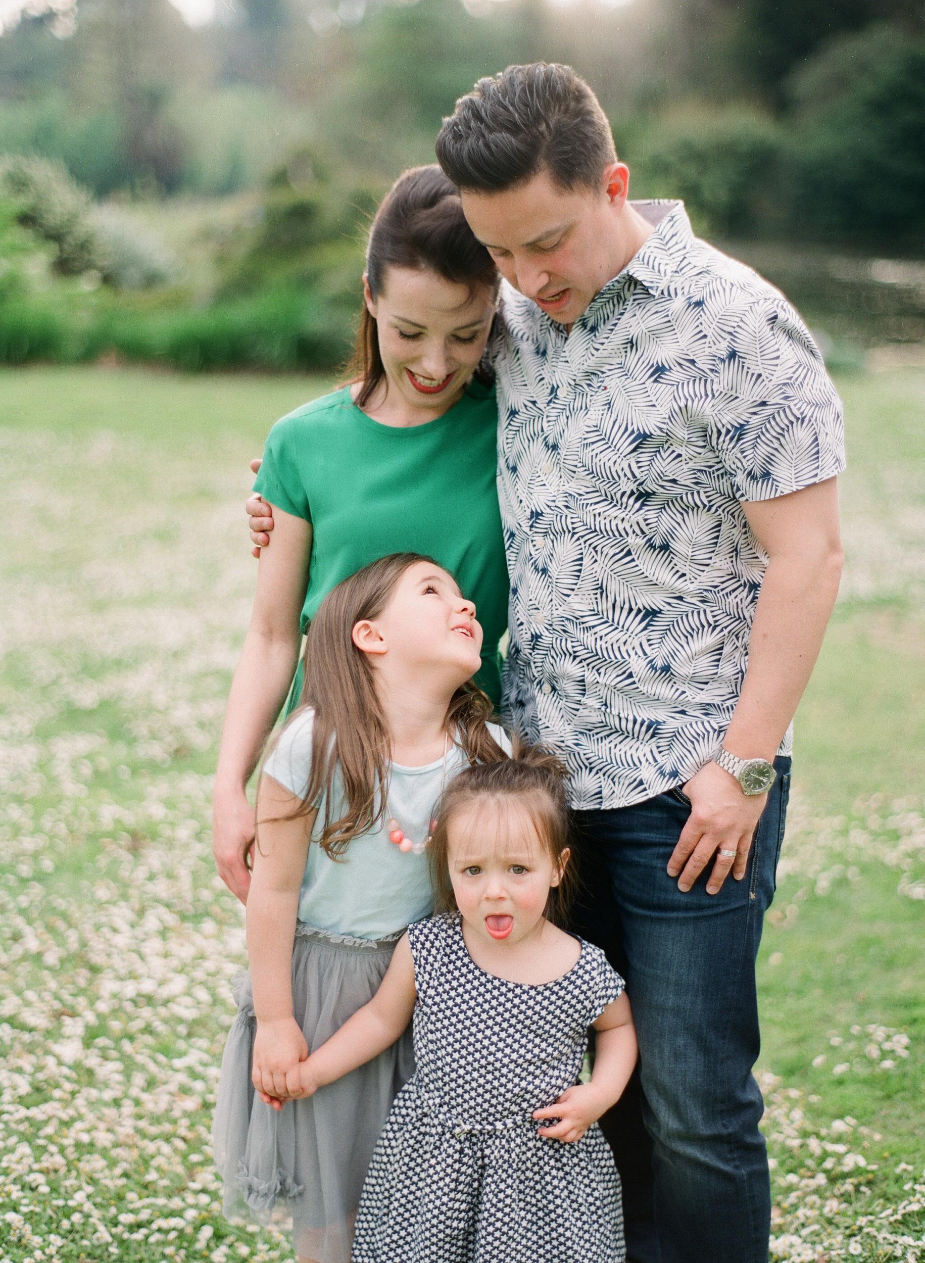family (12 of 12) - 000077320015.jpg