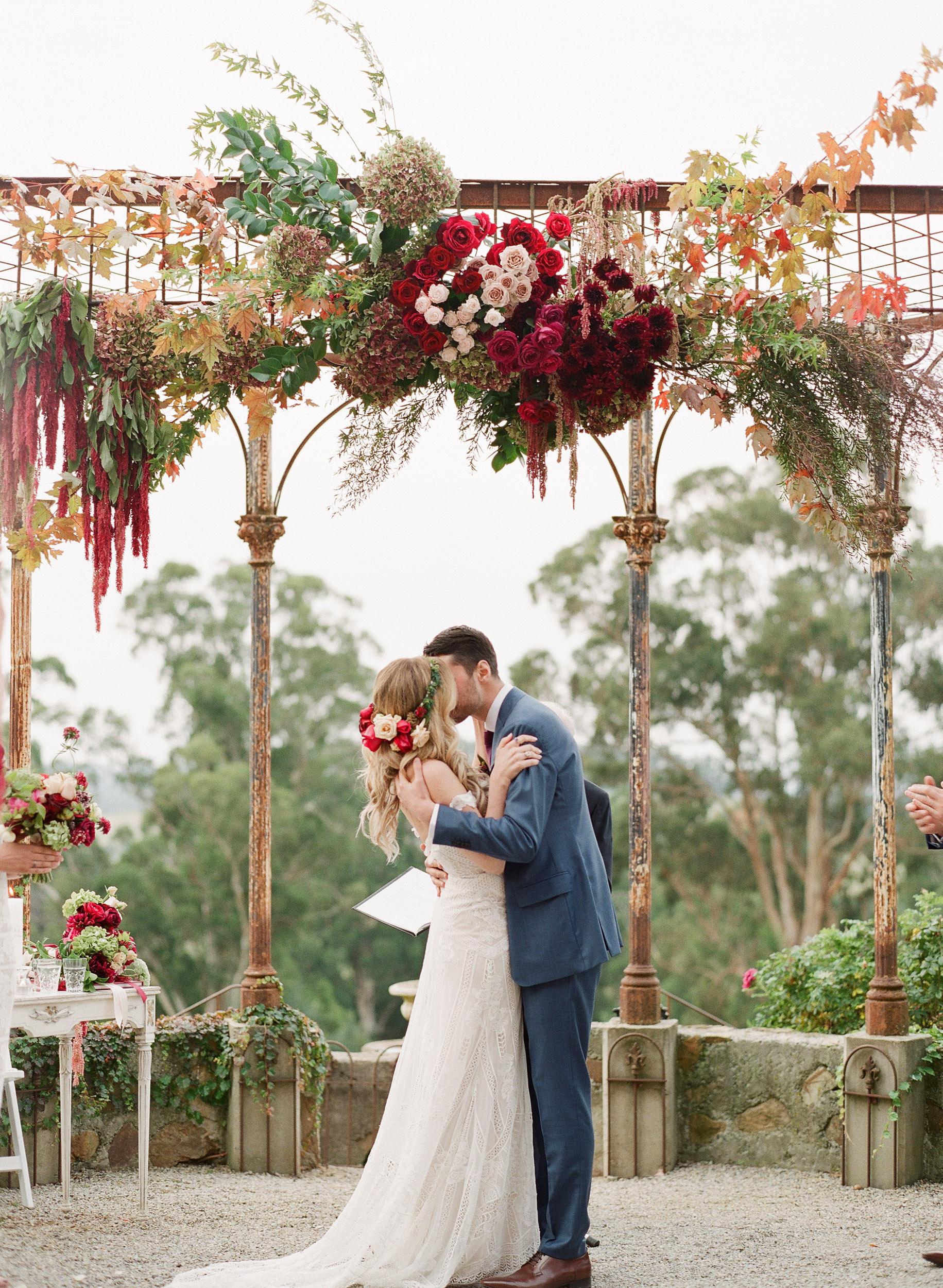 wedding (16 of 24) - 000098110006.jpg