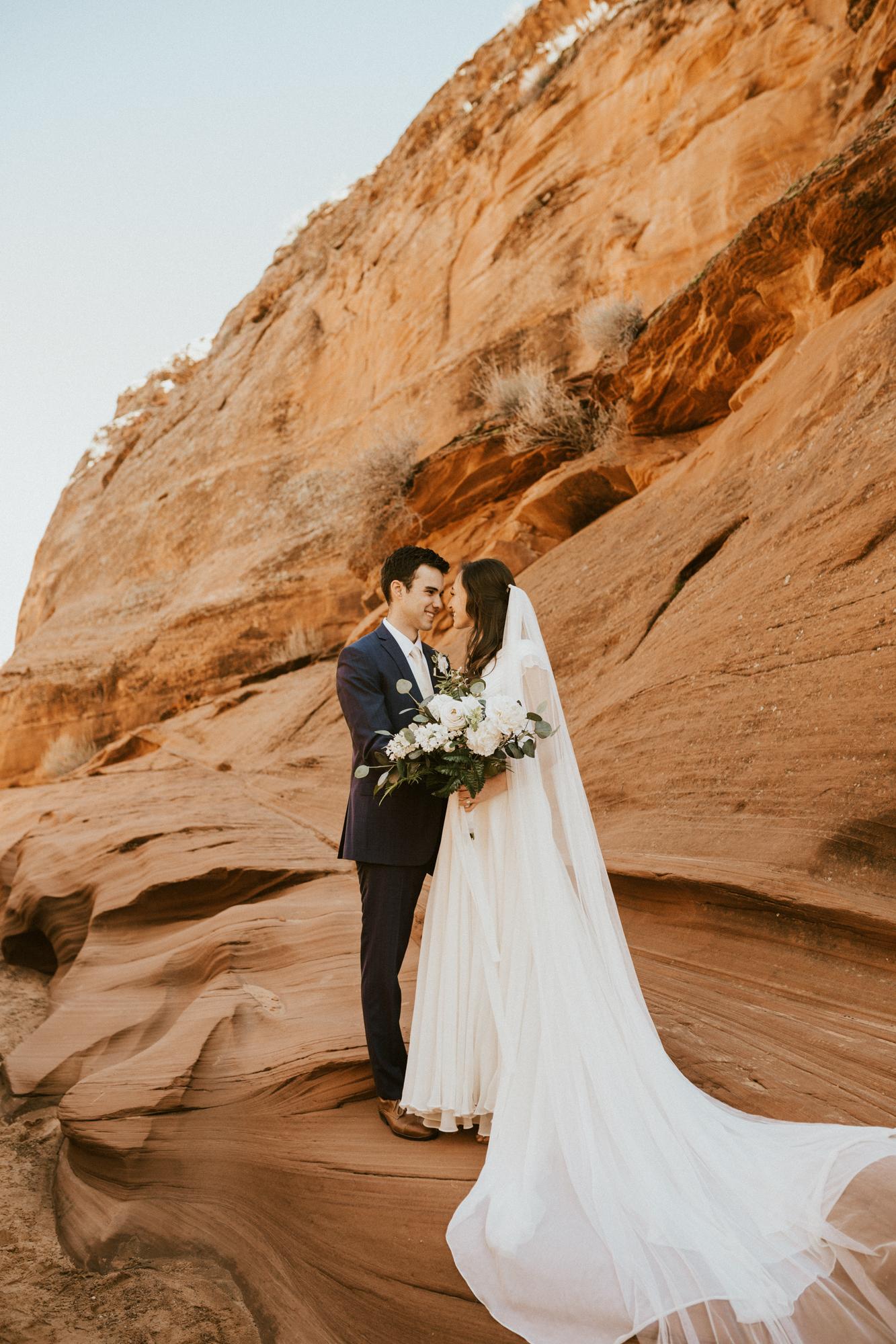 horseshoe bend bridal session