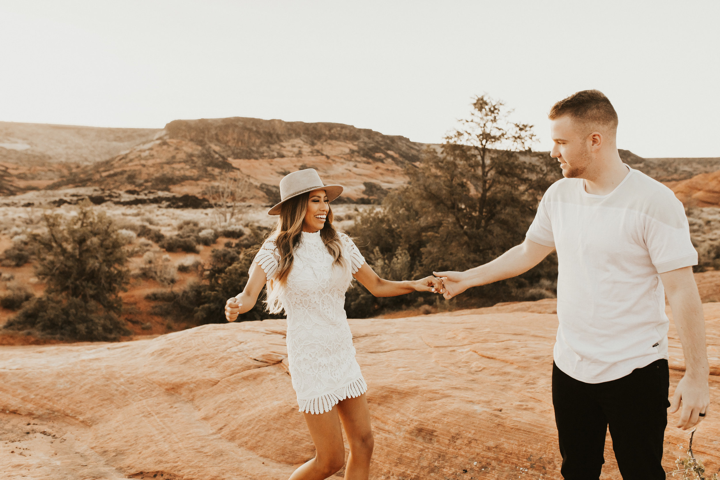 snow canyon state park engagement session