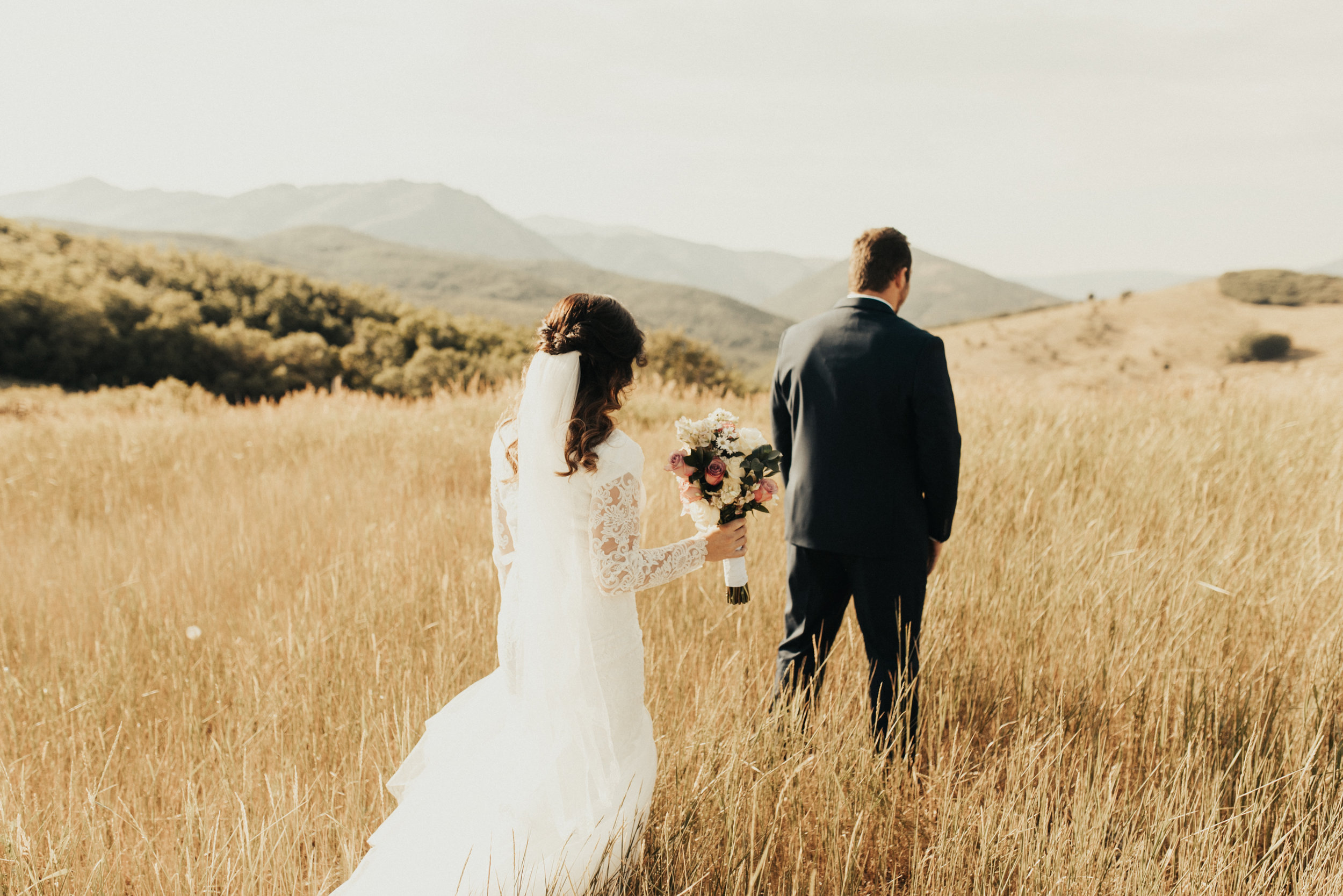 summer mountain bridal session