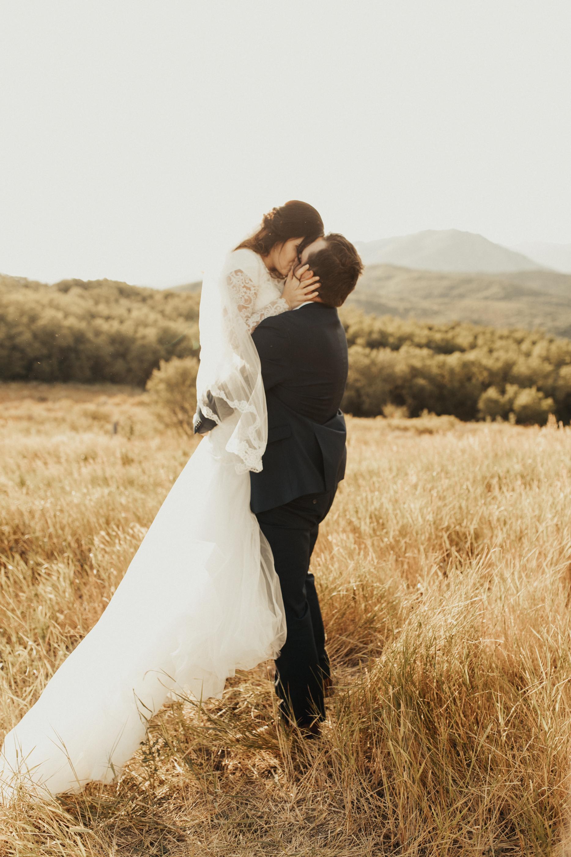 summer mountain bridal photos