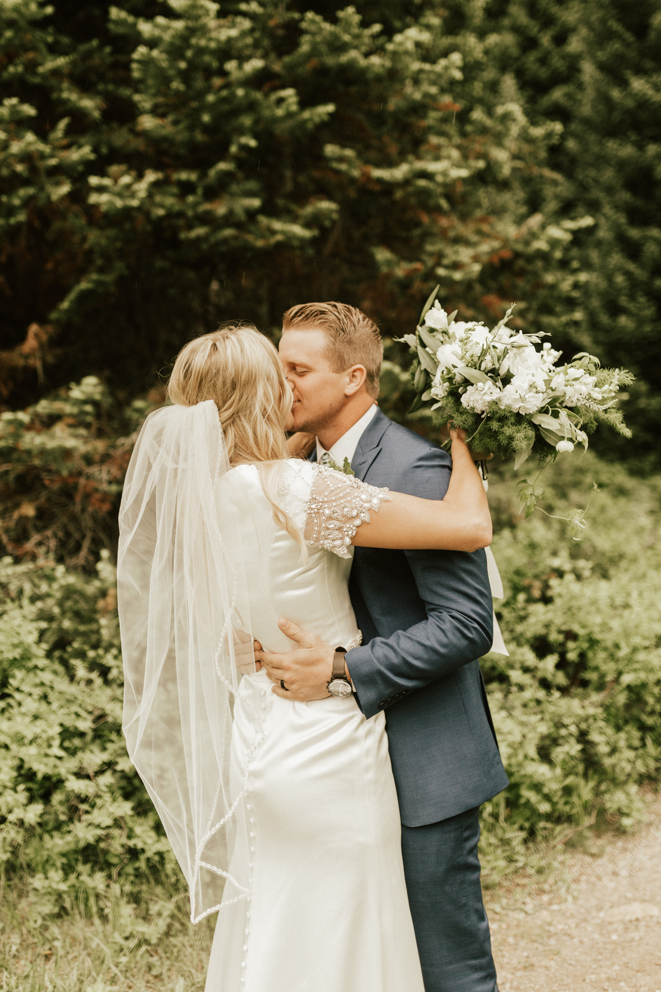 mountain forest bridal photos
