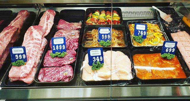 BBQ weather is back! And so is Wolfe's raw meat case! We have delicious meats ready for your grill -- carne asada, pollo asado, PRIME flat iron steak, veggie kabobs, teriyaki chicken kabobs,  burger patties, ribs, and more!! (909)626-8508 or (909)626-1680  #claremont #bbq #summerready #lunch #carneasada #polloasado