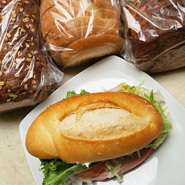 We love our customers and appreciate your feedback! We are EXCITED to announce that we have selected a new company to provide our breads!! Come get your favorite sandwich on the most fresh and delicious bread, then let us know how you like it! Options are: seven-grain wheat, sourdough, squaw, marble rye, french roll (pictured), and our famous rosemary schiacciata and fresh baked croissants. Hope to see you soon! 🍞🥐🥖🍞🥐🥖