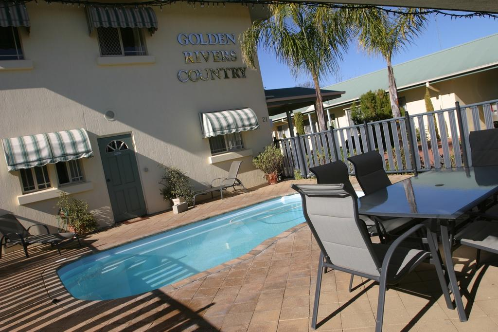 Golden River Holiday Apartments - Fully self contained apartments. Undercover parking, full kitchen, bathroom & laundry. Private patio, onsite BBQ and solar heated salt water pool.A: 21 Neimur StBarham NSW 2732P: 03 5453 2300E: admin@goldenriversrealestate.com.au