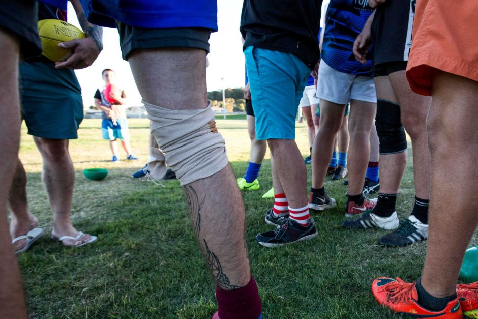 PHOTO:  Australian Rules has faced difficulties in Tasmania, with challenges from other sporting codes. (ABC News: Henry Zwartz)