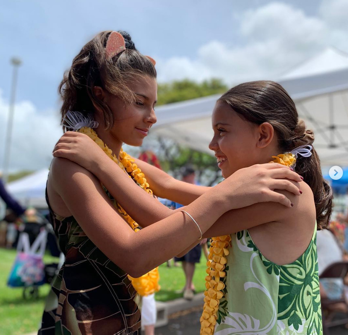 Screenshot_2019-05-04 Reagan and Brianna ( maui_ukulele_sisters) • Instagram photos and videos(1).jpg