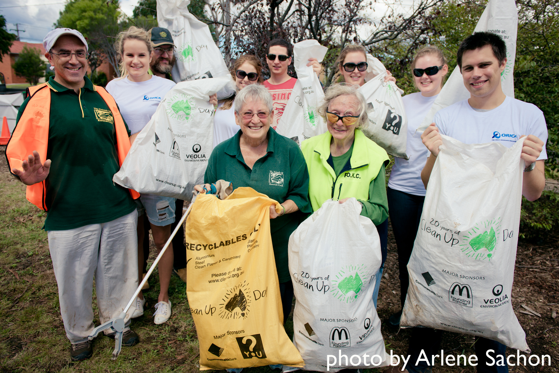 Clean Up Australia Day 2012 - Orica and FOKC (2).jpg