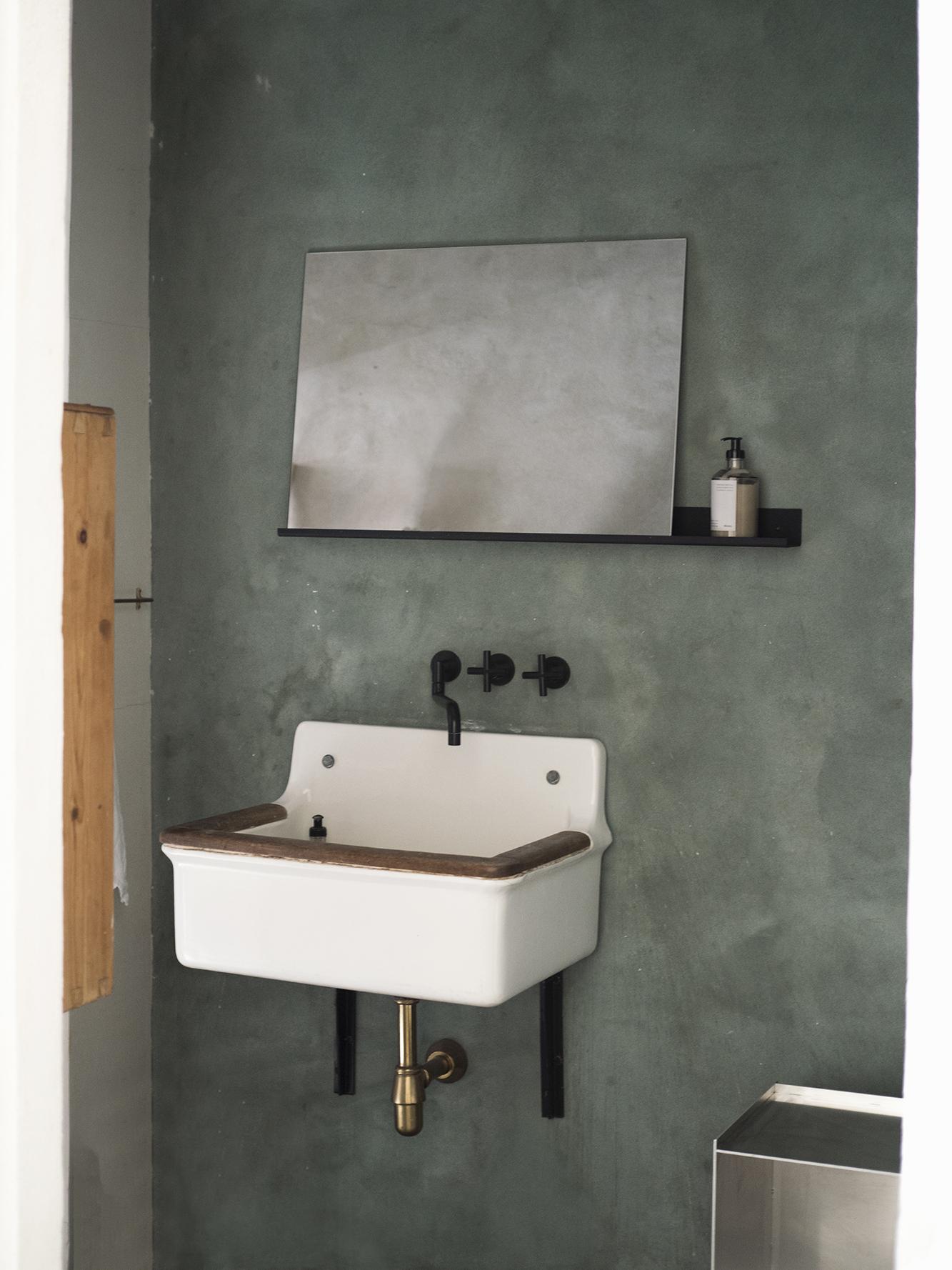 Studio Apartment I 2.jpg