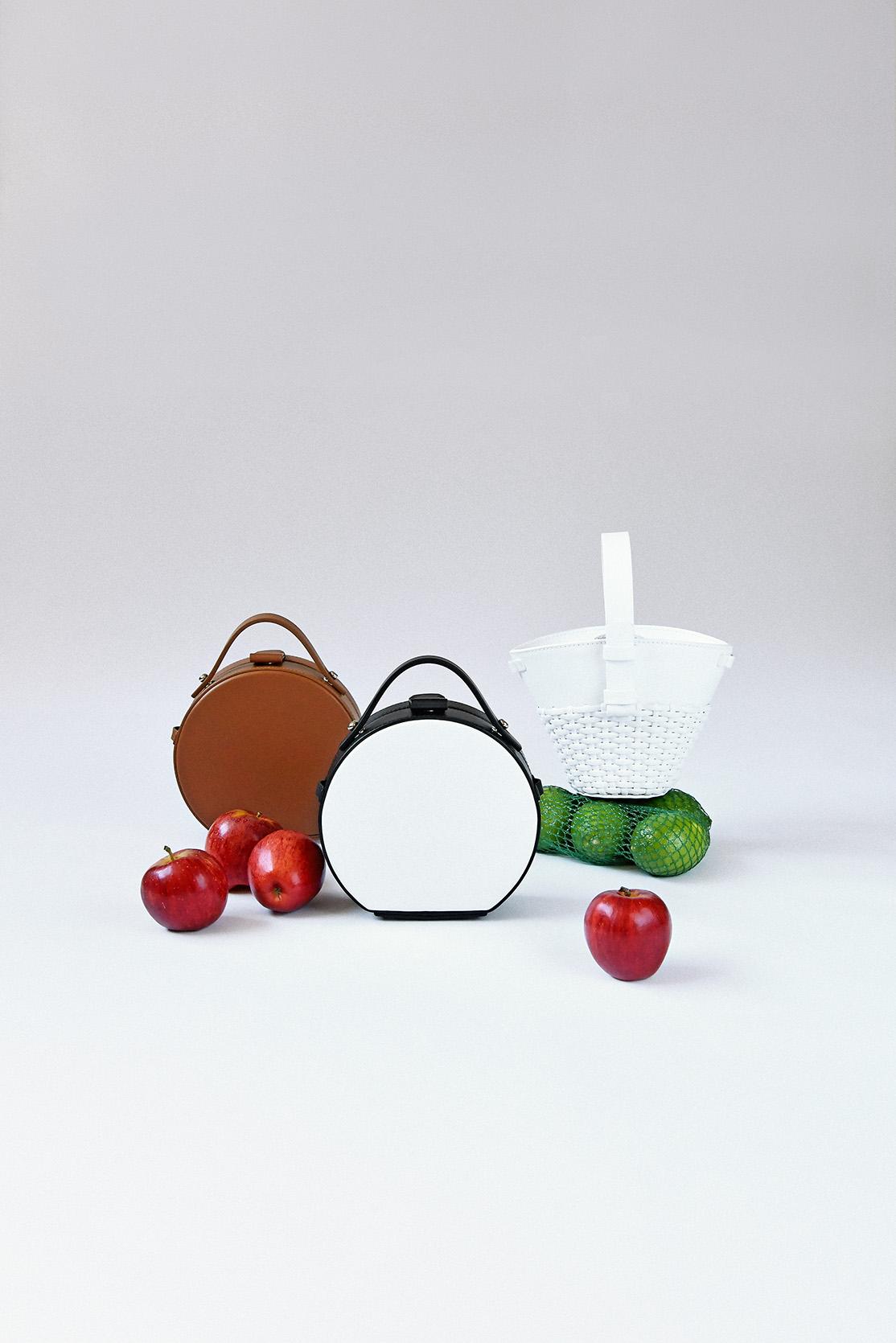 ARTIFACTS 獨家 !!  左/ NICO GIANI mini Tunilla circle bag  , 中/ NICO GIANI mini Tunilla Circle bag  , 右/ NICO GIANI Nelia mini bucket bag
