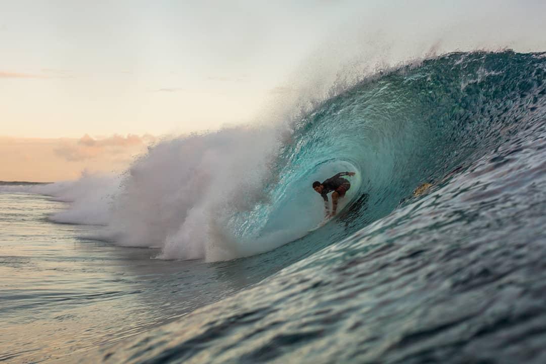 Scott Ruzzene Ocean and Surf Photographer - Teahupoo