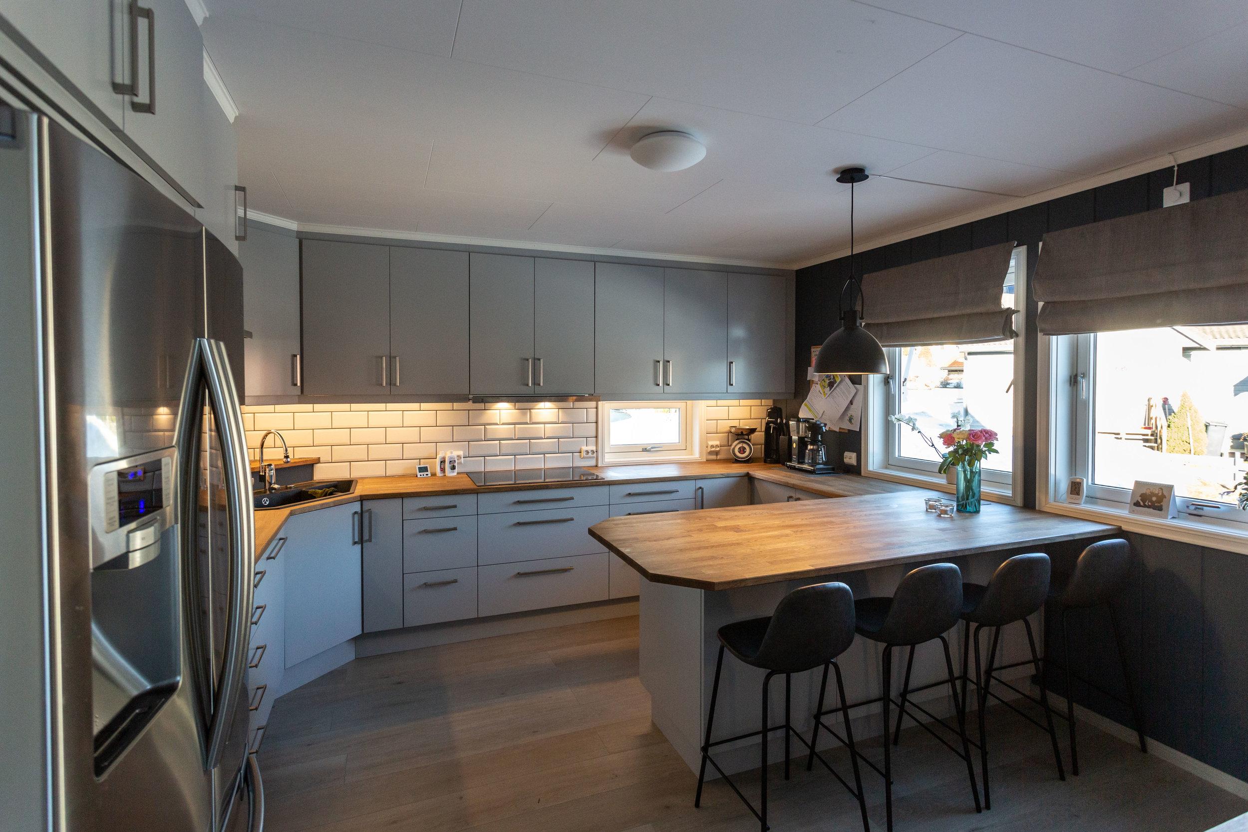 Kjøkken Furulia - 1 - Foto Øyvind S Endal.jpg