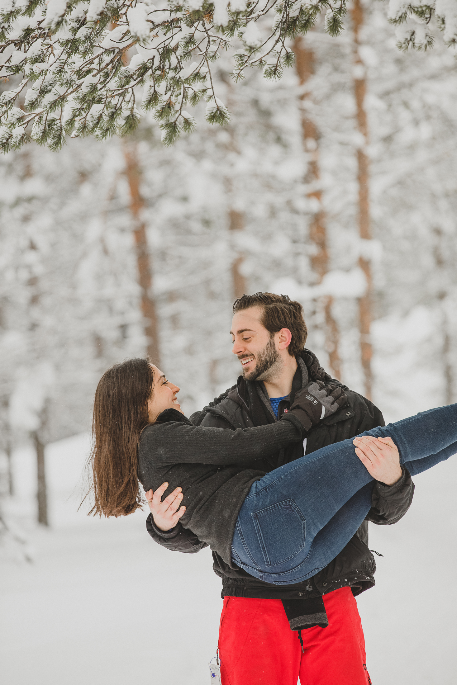 engagement-photoshoot-rovaniemi.jpg