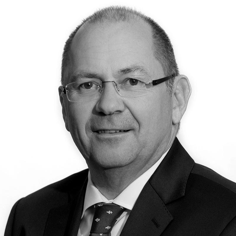 Gerd H. Jelenik - Board MemberE-Mail: office@smartyacht.netPhone: +423 793 93 55